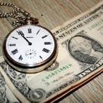 При несвоевременной уплате процентов займодавец может потребовать вернуть заем досрочно.